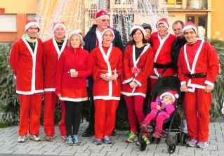 La course des Pères Noël à Stiring