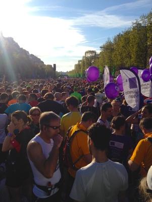 Ambiance au départ du 38ème marathon de Paris