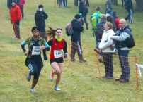 Pauline dans le sprint final du cross court